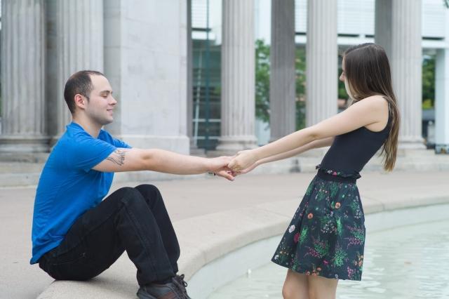 女性からデートに誘うのってあり?
