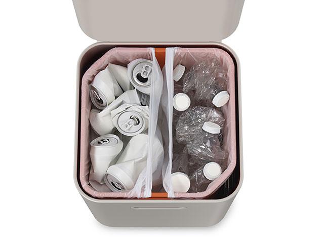 進化系高級護美(ごみ)箱『トーテム』 内部を仕切ることができる
