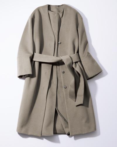 ■こんなノーカラーコートを合わせたい