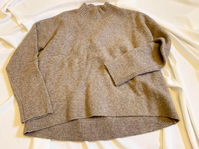 スフレヤーンモックネックセーター