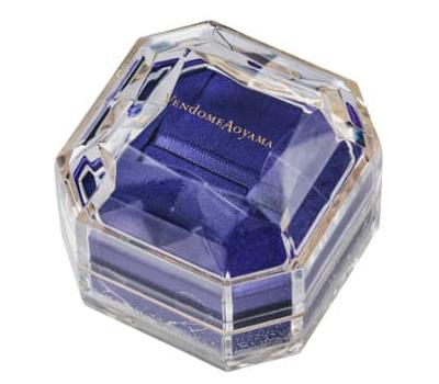 ヴァンドーム青山 アクリル製のスペシャルボックス