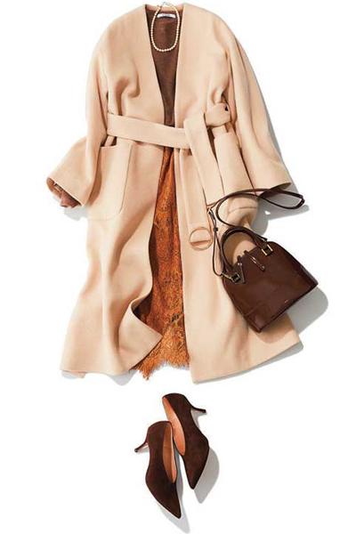 ノーカラーコート×スカート