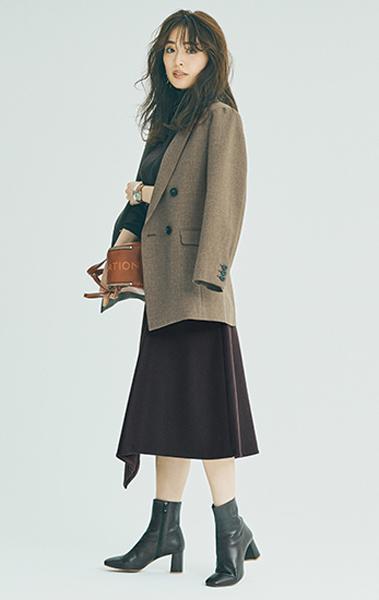 ジャケット×ニット×スカートのオールブラウンコーデ