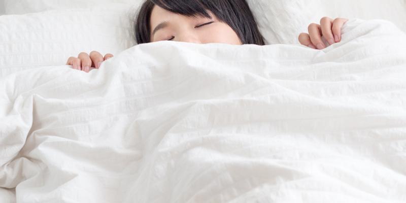 シングルベッドでひとり
