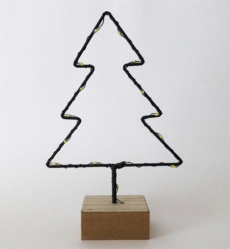 クリスマスワイヤーLEDツリー(ダイソー)