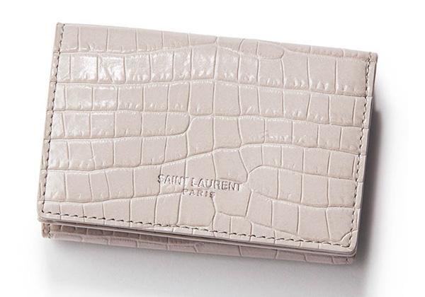 クールな印象!イヴ・サンローランのミニ財布