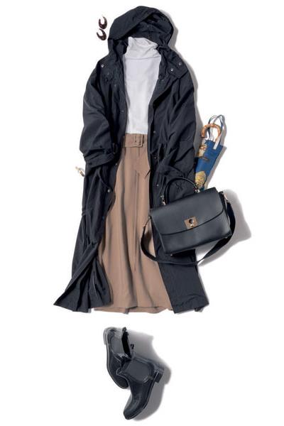 サイドゴアブーツ×ロングコート×ハイネック×ベージュタイトスカート