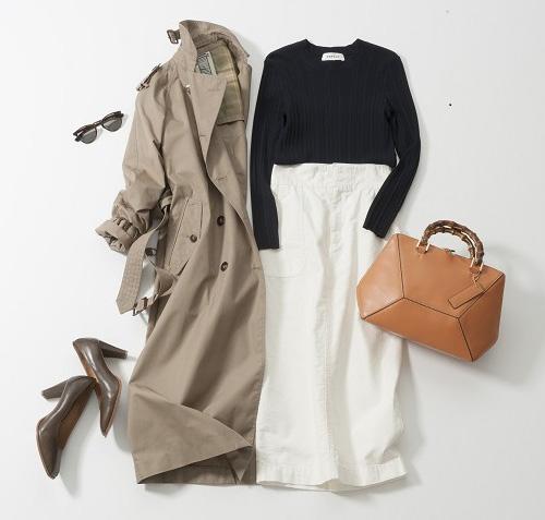 白タイトスカート×トレンチコート