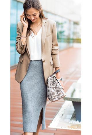 グレーロングタイトスカート×ジャケット