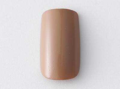 色の濃淡や質感を5本の指で楽しむネイル
