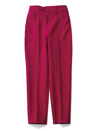 果実色アンクルパンツの着まわしコーデをCHECK!