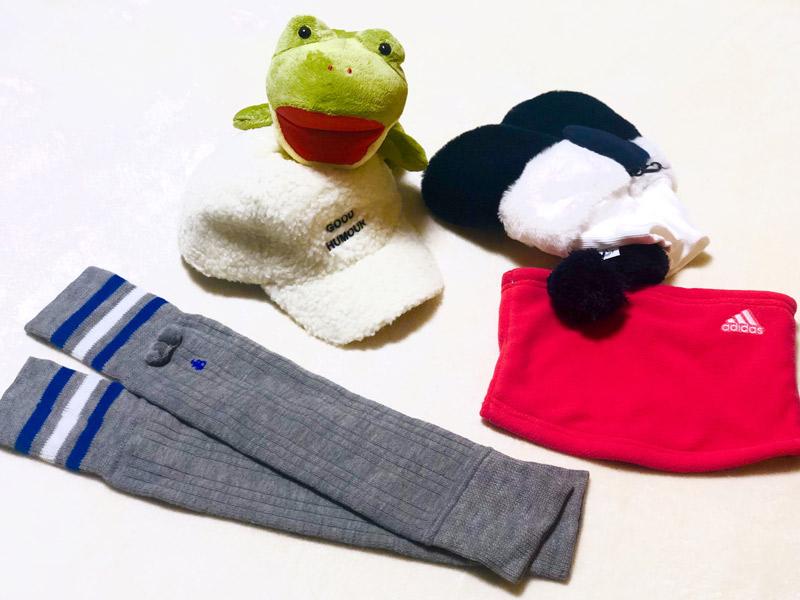 【2】モコモコのボア手袋なら寒空の下も怖くない