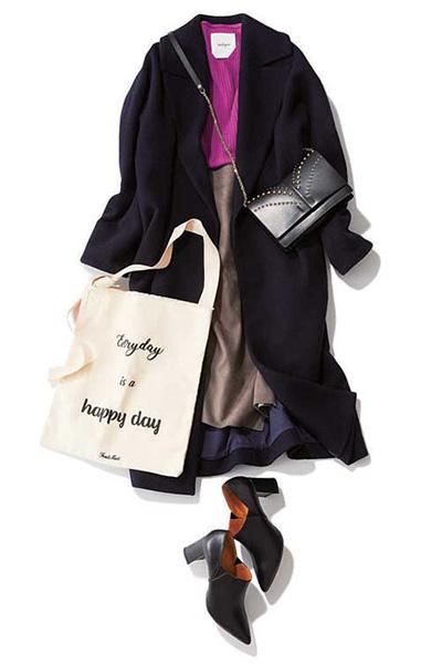 黒アウター(ガウンコート)×ブラウンスカート×布バッグ