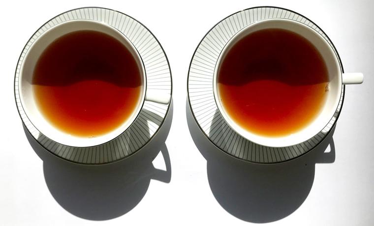 パイナップルワイキキ 紅茶の色