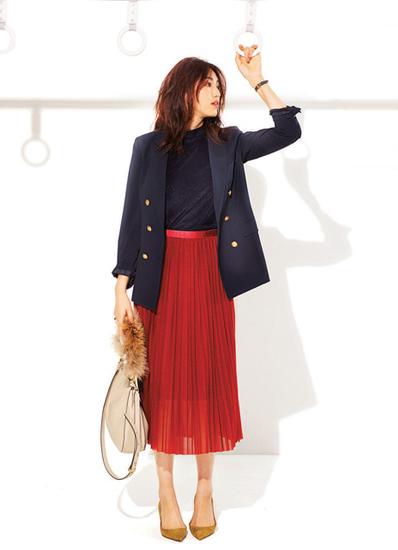 赤プリーツスカート×紺ブレザー