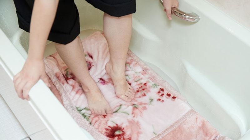 「足踏み」洗い