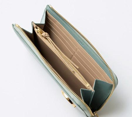 クロエのバイカラー長財布