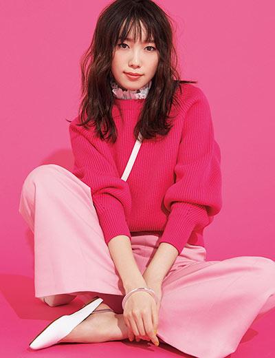 【1】ピンクニット×薄ピンクパンツ