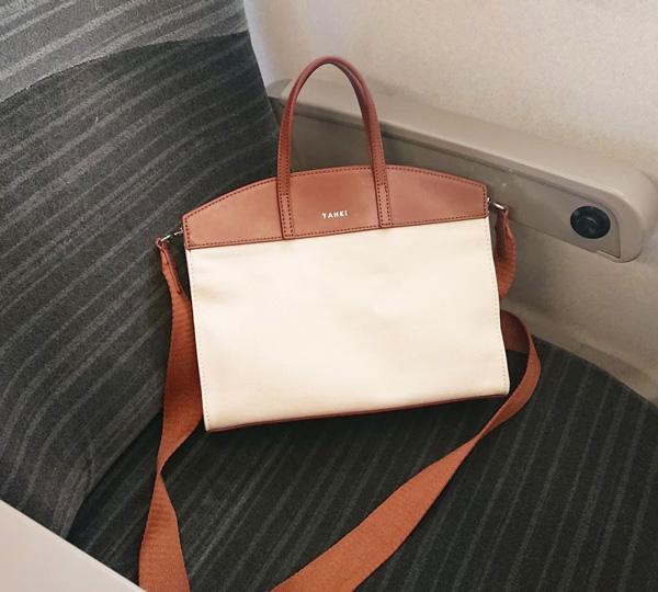 【2】【YAHKI】のキャンバス地×レザーのバッグ