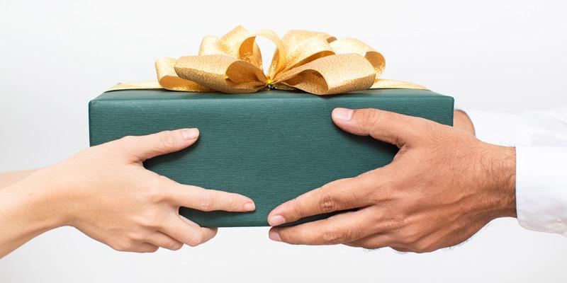 定期的にプレゼント交換をして刺激を与える