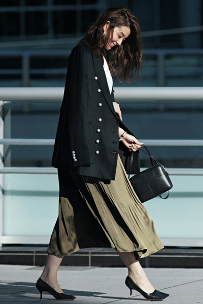 ロングプリーツスカート×ロングジャケット