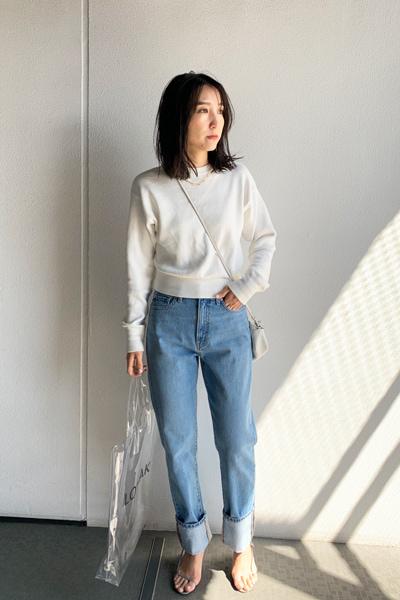 【5】白トップス×デニム
