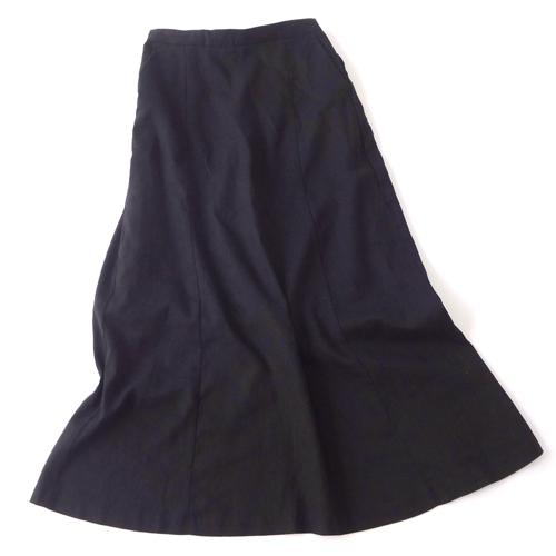 リネンブレンドのフレアロングスカート