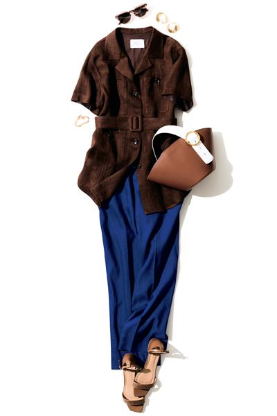 ブラウンサファリシャツ×ブルーパンツのハンサムコーデ