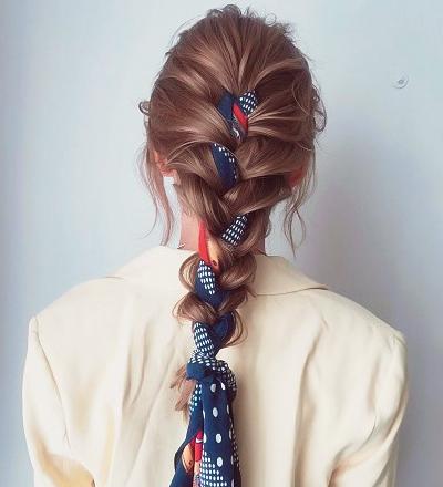 スカーフ×三つ編み