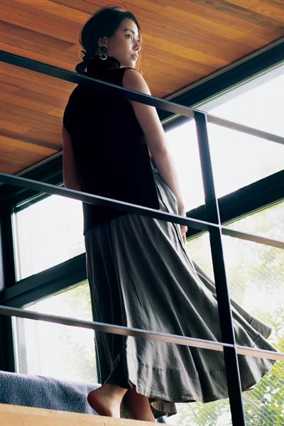 マディソンブルー たっぷりシルエットのフレアスカート
