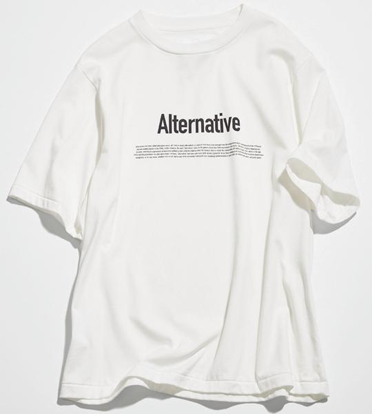 黒のゴシックロゴ白Tシャツ