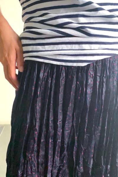 ユニクロ ツイスト プリーツ ロング スカート