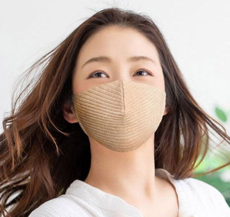 小顔見せが狙える? リブ編みマスク
