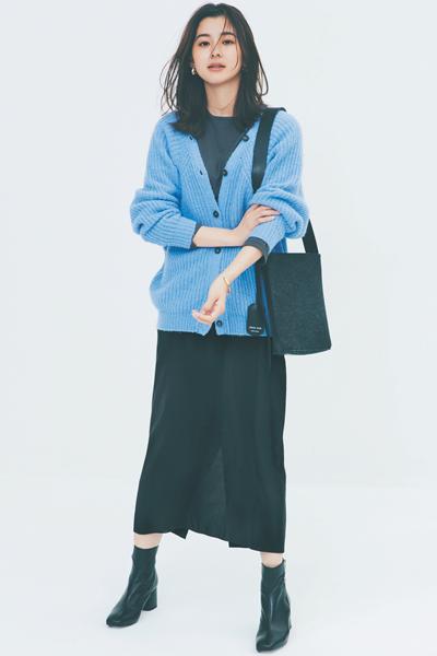 【11/7のコーデ】今っぽブルーのざっくりカーデが主役の秋コーデ♪
