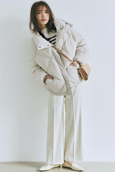 【12/26のコーデ】メリハリある冬のオールホワイトでフェミニンな魅力全開!