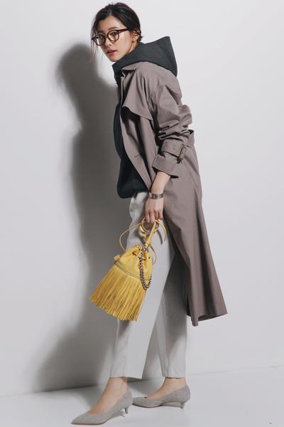 【3/12のコーデ】スポーティアウターにトレンチコートで重ね着する新発想!