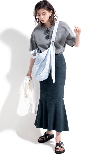 【6/2のコーデ】女らしいシルエットのスカート… だけどパイル生地! のギャップがいい