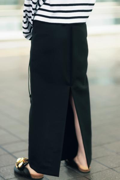 Edition(エディション)のスリット入りスカート