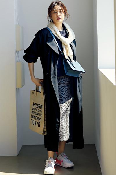 【10/23のコーデ】タイトスカートをカジュアルに着るなら♪