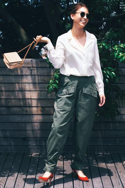 【8/24のコーデ】パンツスタイルに女っぽさをほんのりプラス♪