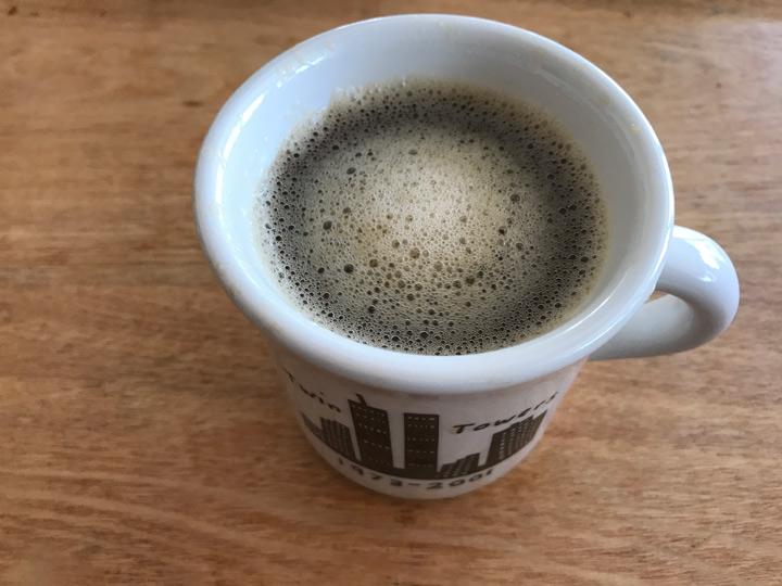【1】コーヒーにバターを入れた物