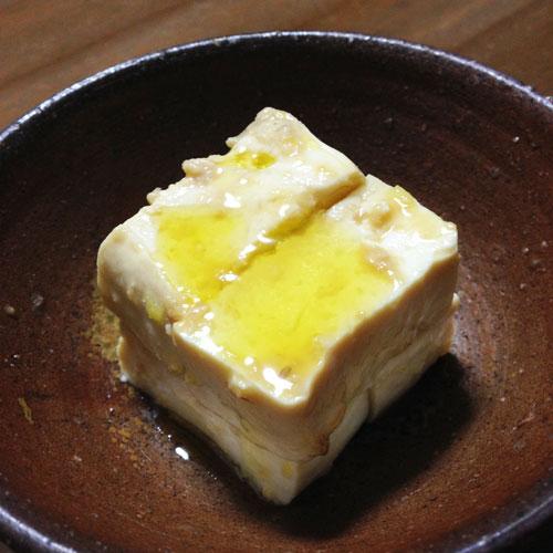 豆腐の味噌&エキストラバージンオリーブ漬け