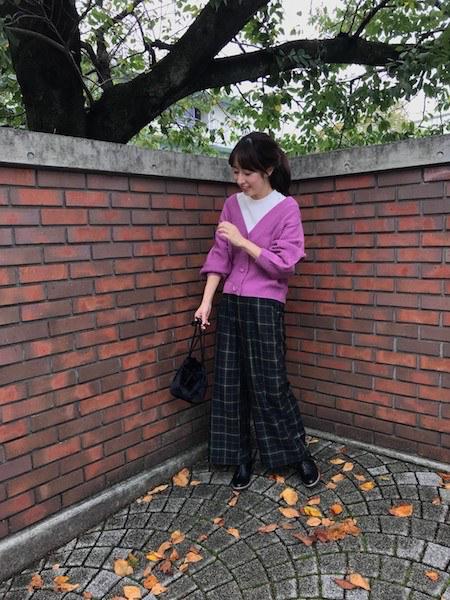 【6】紫ニットカーディガン×グリーンチェックパンツ